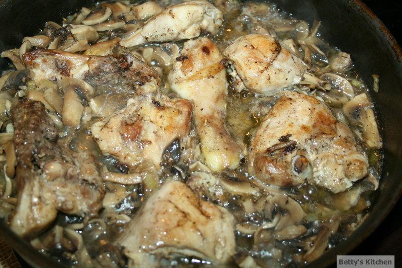 Pulpe cu ciuperci in sos de vin 2