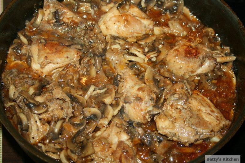 Pulpe cu ciuperci in sos de vin 3